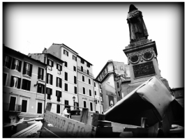 Walking in Rome: Giordano Bruno (the monument)